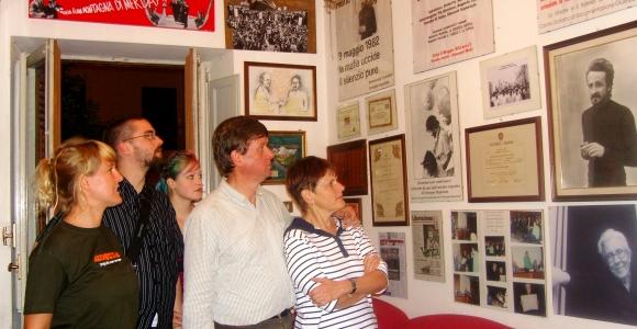 """Casa Memoria """"Felicia e Peppino Impastato"""""""